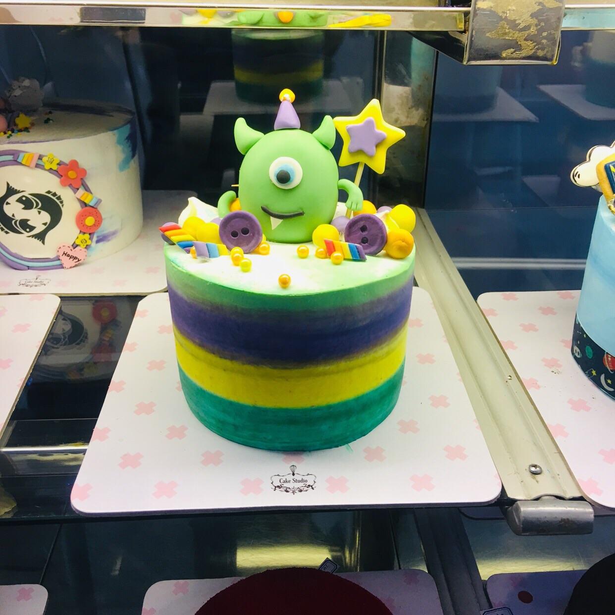 کیک استدیو ورتا