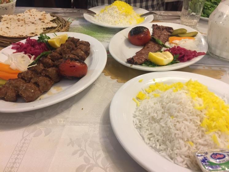 شاطر عباس