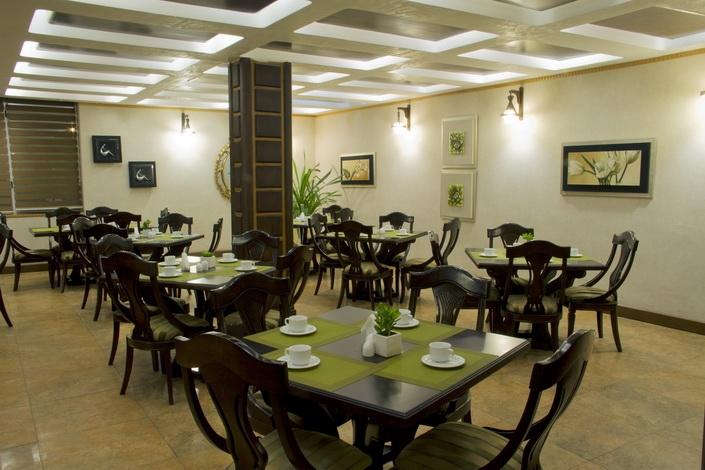 لاپیدوس (هتل رودکی)