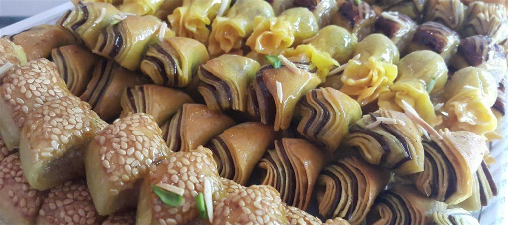 شیرینی فروشی عروس