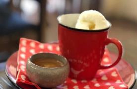 کافه مون (یزد)