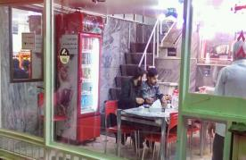 رستوران طباخی افق