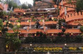 رستوران باغ بهشت