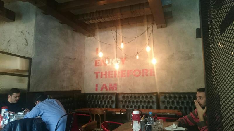 رستوران فست فود جوگریل فود(شهرک غرب)