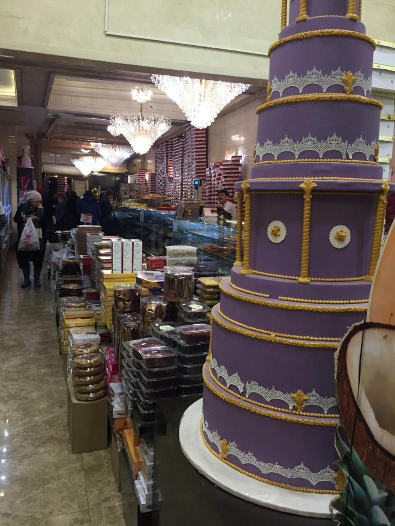 شیرینی فروشی نیشکر فرمانیه (شعبه مرکزی )