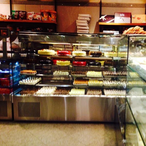 شیرینی فروشی گاندی