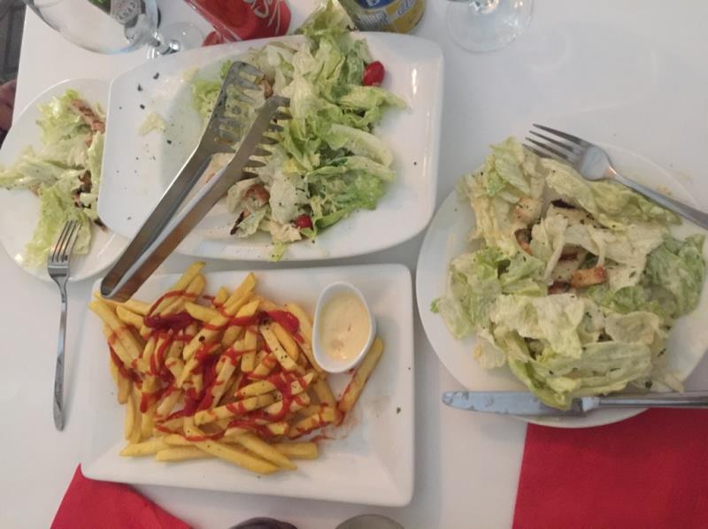 رستوران فست فود پیپل