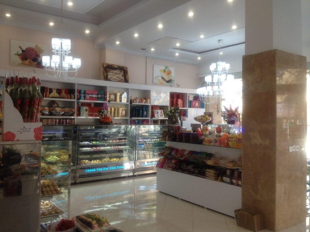 شیرینی فروشی پاندورا(یافت آباد)
