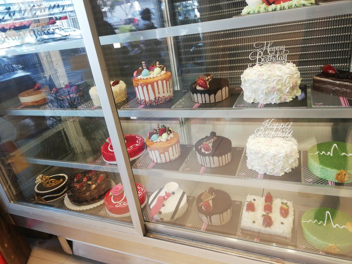 شیرینی فروشی لاوان