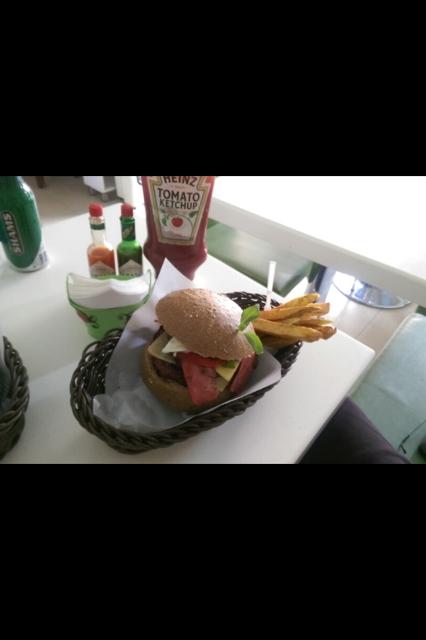 رستوران فست فود بل برگر