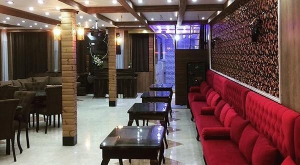 کافه عربی ققنوس