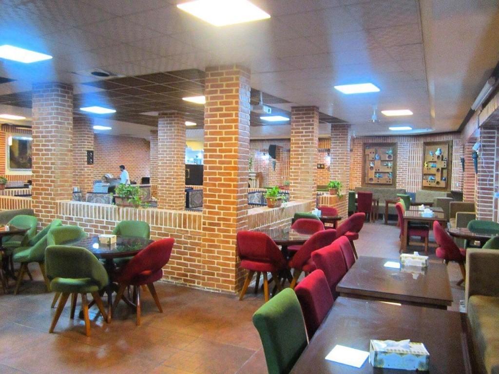 رستوران سنتی سیاوش