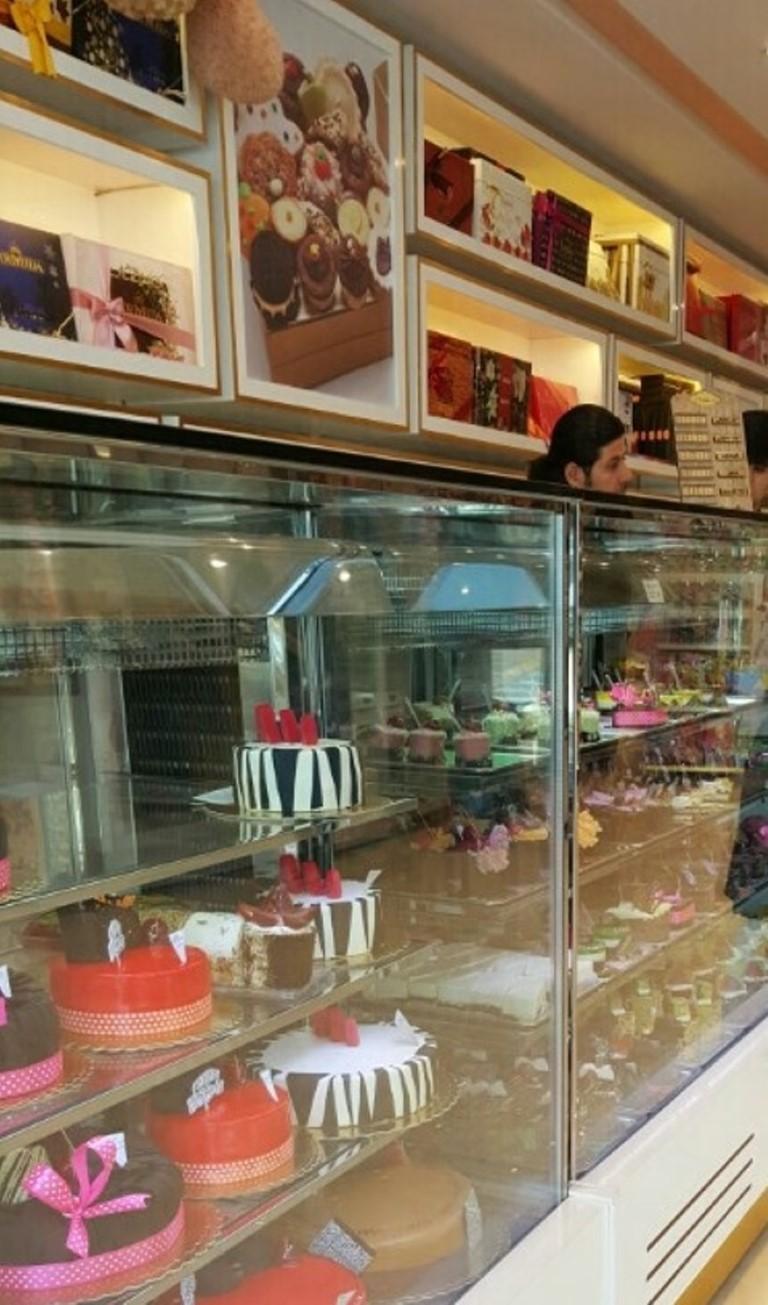 شیرینی فروشی مهرداد