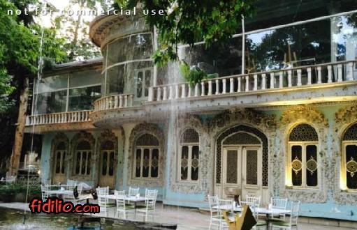 رستوران ریبار (موزه زمان)